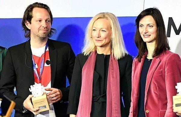 Vinder af Future Unicorn Award 2019 Niels Hartvig fra Umbraco sammen med Cecilia Bonefeld-Dahl og Mariya Gabriel