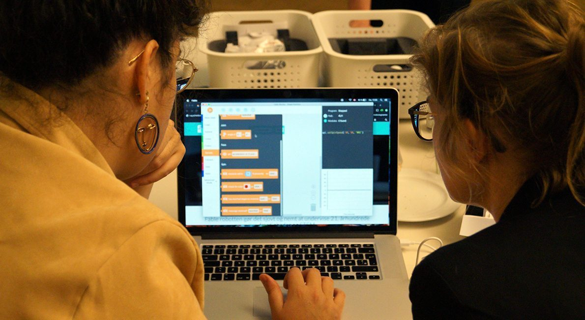 Underviserne undervises i teknologiforståelse