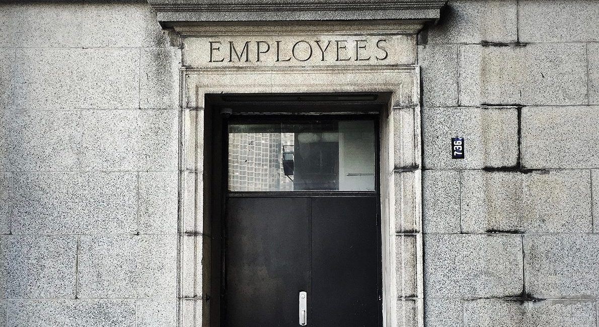 Er der brug for mere end den klassiske ansættelseskontrakt?